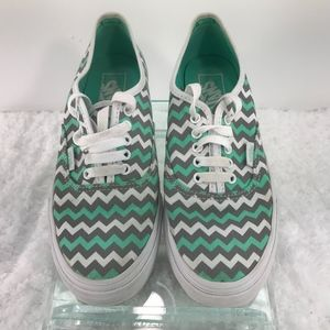 Vans Chevron Lace Up Shoes Men's 7 Women's 8.5